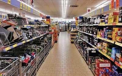Stoccaggio prodotti supermercato