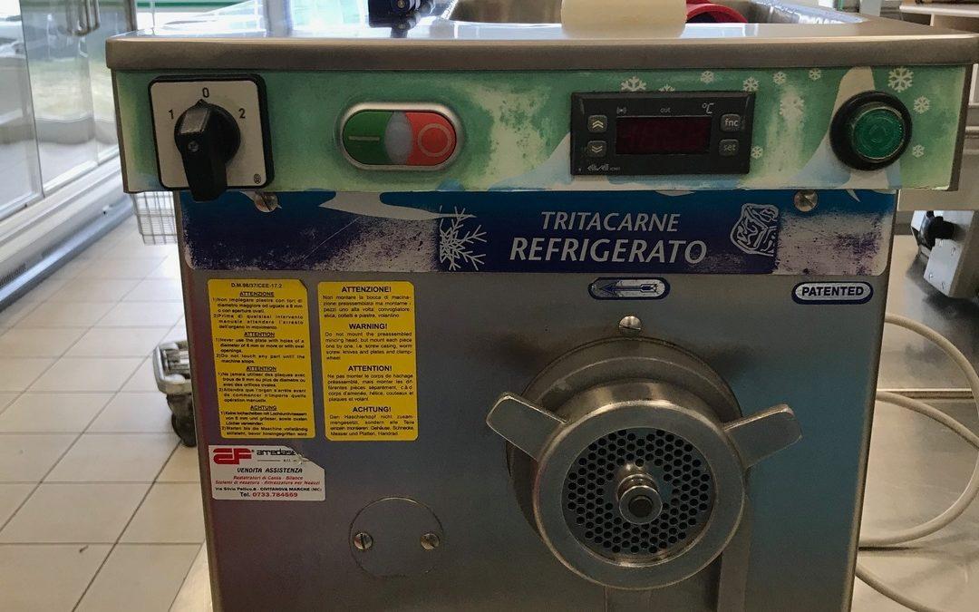 """Ristoaffari: ottimo tritacarne refrigerato """"Bizerba TE 32 R"""""""