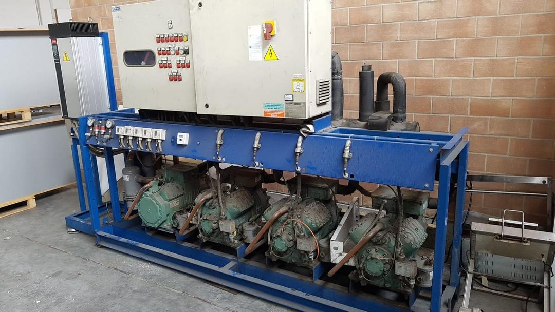 Ristoaffari: gruppo motore remoto marca Costan CNS, gas R404